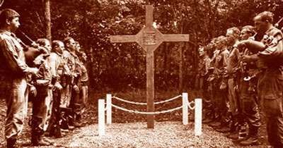 battle cross honoring men of Long Tan